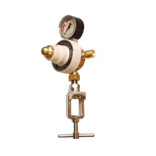 Regulator Oxygen Inlet: (E) Pin Index Outlet: 3/8 Cone *1